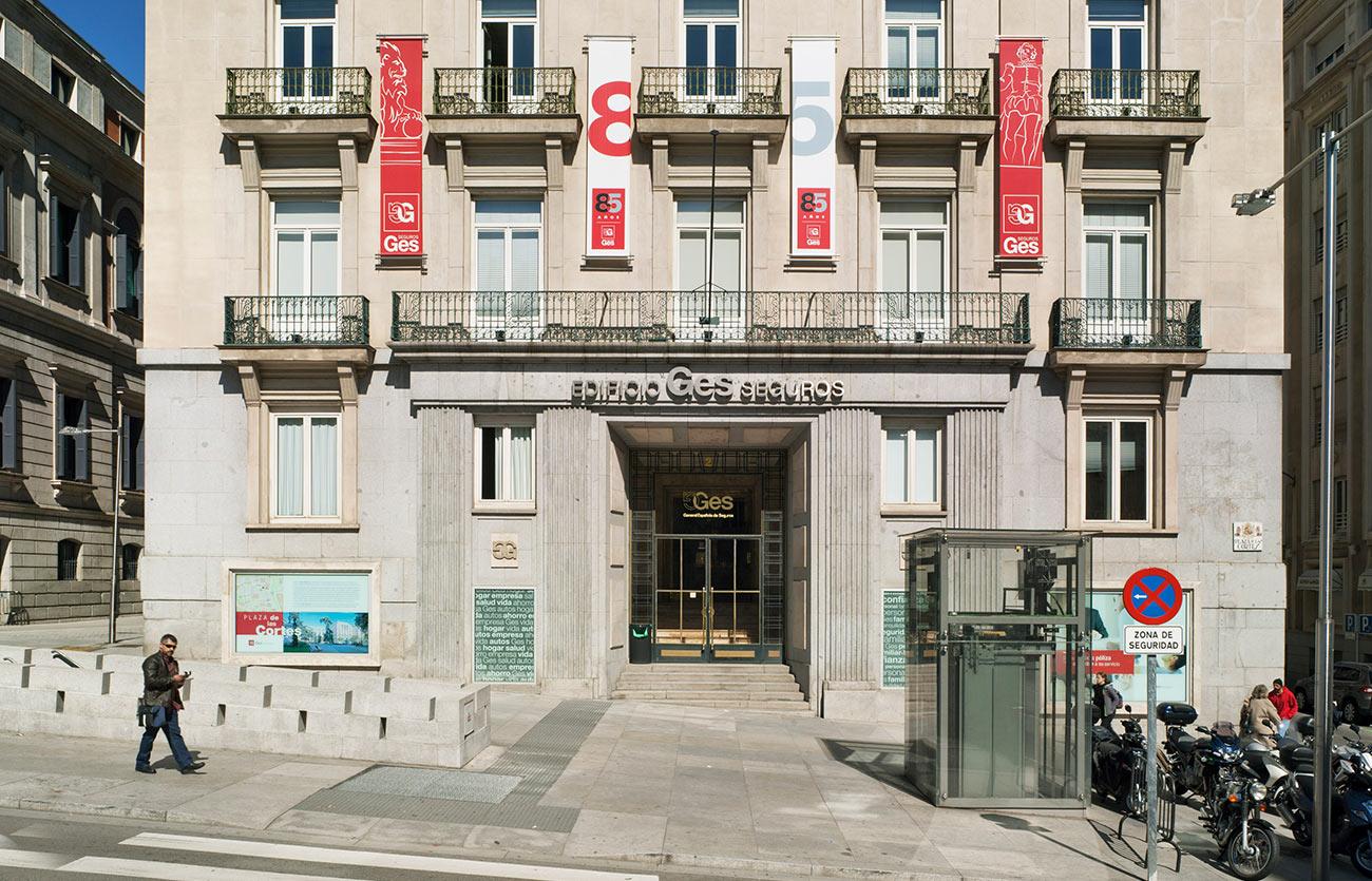 Rehabilitación del edificio de GES Seguros en la Plaza de las Cortes, 2. Madrid